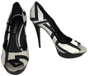 Emilio Pucci Heels Black/White Pumps