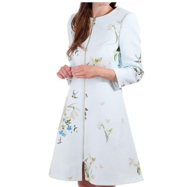 Preload https://img-static.tradesy.com/item/23002261/ted-baker-baby-blue-racheel-spring-meadow-print-trench-coat-size-6-s-0-0-650-650.jpg