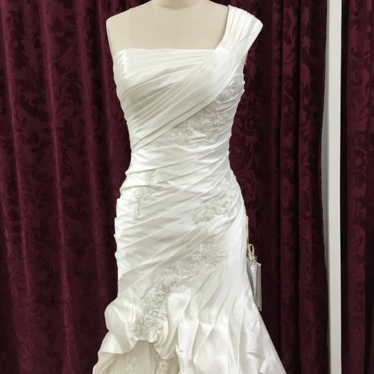 KittyChen Couture Ivory Satin Chloe New Modern Wedding Dress Size 12 (L)
