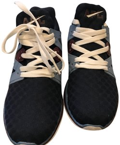 Athletic Propulsion Labs midnight and burgundy Athletic
