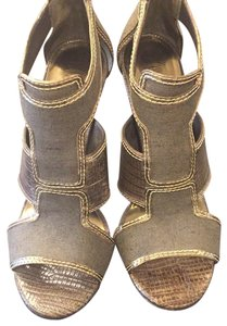 4b614be8a4e6 Tory Burch Sandals - Up to 90% off at Tradesy