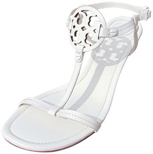 b7903feaa654b White Tory Burch Sandals - Up to 90% off at Tradesy