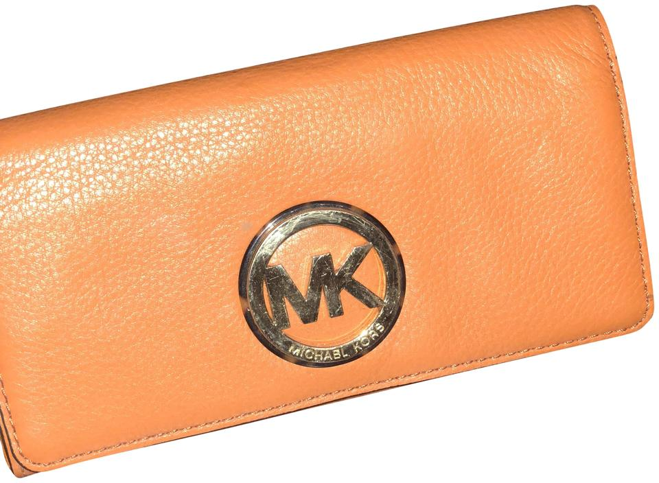 32227ee504c28f low cost michael kors jet set travel crossgrain leather continental wallet  f35c2 b9ccc; get michael kors mk wallet 2609a 8ae75