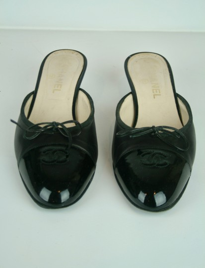 Chanel Leather Patent Bow Kitten Logo BLACK Mules Image 2