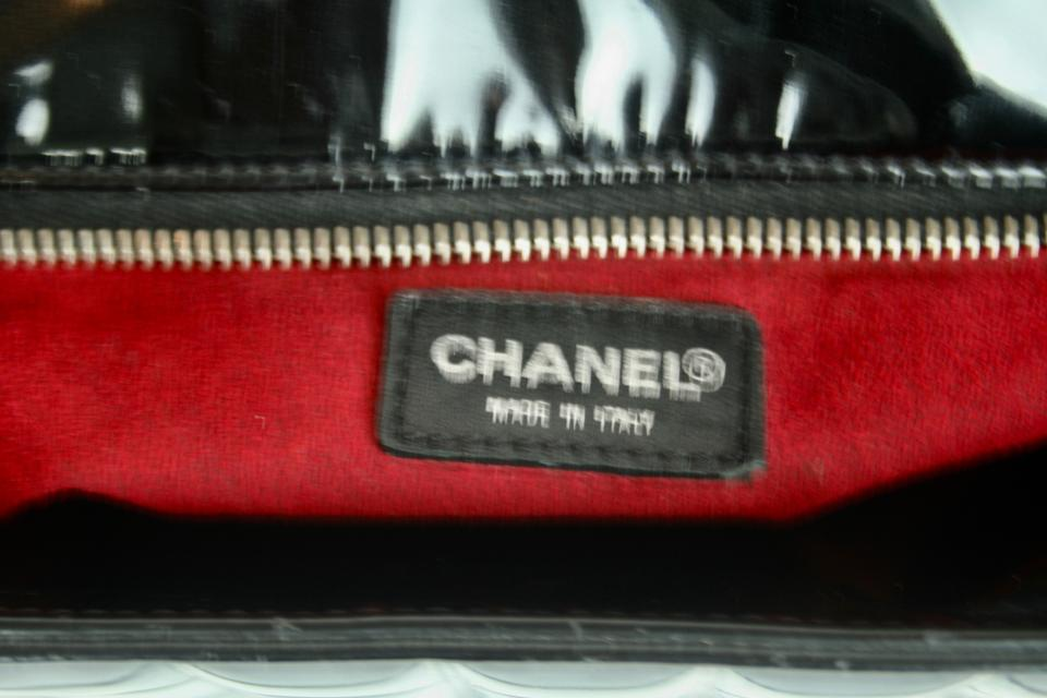 48b6a8ab8bfb3d Chanel Patent Suede Logo Shopper Zipper Tote in BLACK, RED Image 6. 1234567
