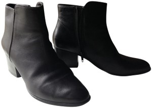Vaneli Leather Comfortable Clean Styling Black Boots