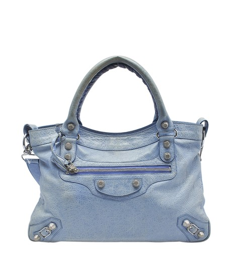 Preload https://img-static.tradesy.com/item/23007198/balenciaga-town-agneau-145160-blue-leather-shoulder-bag-0-0-540-540.jpg