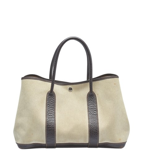 Preload https://img-static.tradesy.com/item/23007258/hermes-garden-party-30-pm-brown-leather-145173-beigexbrown-canvas-tote-0-0-540-540.jpg