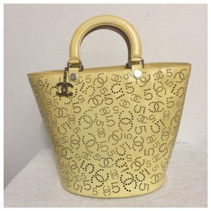 Chanel Tote in yellow