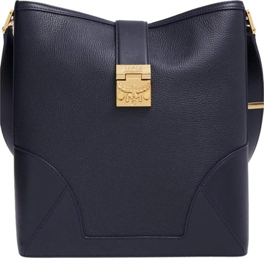 Preload https://img-static.tradesy.com/item/23007931/mcm-claudia-2-way-shoulder-navy-blue-pebbled-leather-cross-body-bag-0-1-540-540.jpg