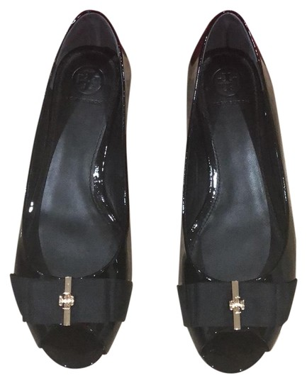 Preload https://img-static.tradesy.com/item/23008005/tory-burch-black-46299-flats-size-us-85-regular-m-b-0-3-540-540.jpg