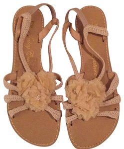 Juicy Couture cream Sandals
