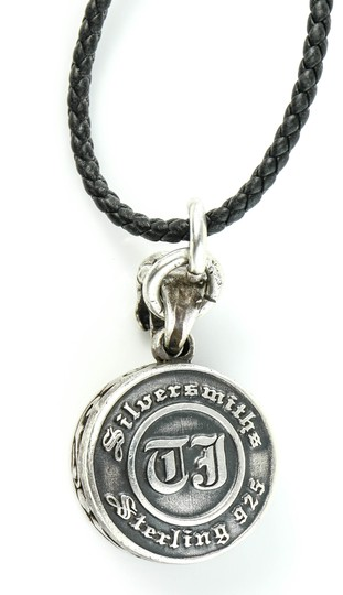 Silversmiths Silversmiths Sterling 925 Skullls Pendant Leather Rope Necklace.