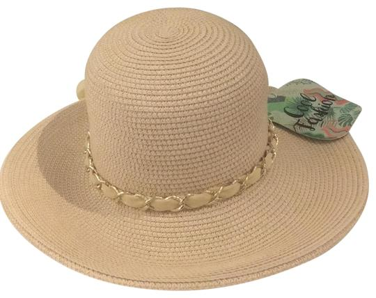 Preload https://item4.tradesy.com/images/tan-and-gold-summer-hat-23008448-0-1.jpg?width=440&height=440