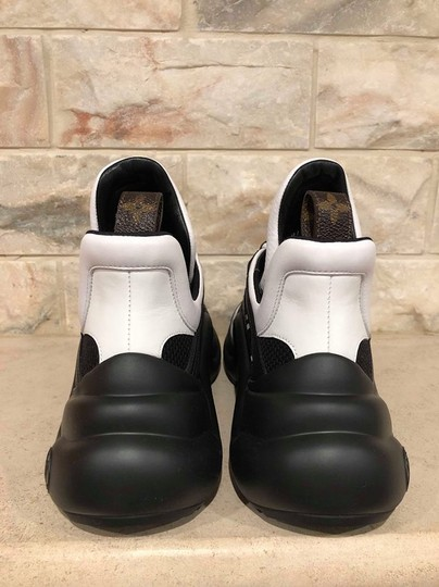 Louis Vuitton Trainer Sneaker Archlight Runway Classic black Athletic Image 10
