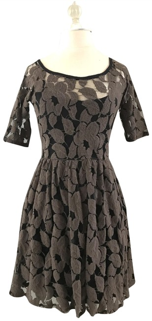 Preload https://img-static.tradesy.com/item/23008767/anthropologie-brown-floral-mid-length-short-casual-dress-size-0-xs-0-1-650-650.jpg