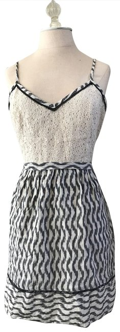 Preload https://item5.tradesy.com/images/urban-outfitters-grey-ikat-mid-length-short-casual-dress-size-8-m-23008799-0-1.jpg?width=400&height=650