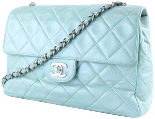 Preload https://item4.tradesy.com/images/chanel-classic-single-flap-chain-mint-green-lambskin-leather-shoulder-bag-23008833-0-3.jpg?width=440&height=440