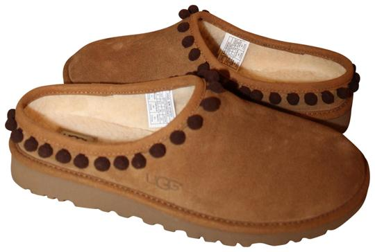 Preload https://img-static.tradesy.com/item/23008892/ugg-australia-chestnut-brown-darah-tassel-suede-shearling-slipper-flats-size-us-9-regular-m-b-0-1-540-540.jpg