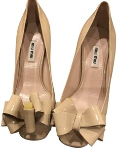 Miu Miu Light Beige Pumps