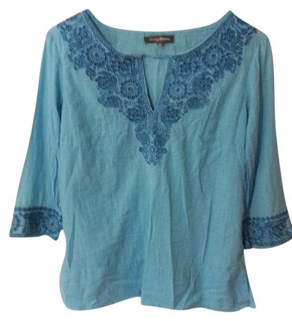 Preload https://item4.tradesy.com/images/tommy-bahama-carribean-blue-embroidered-tunic-size-2-xs-2300978-0-0.jpg?width=400&height=650