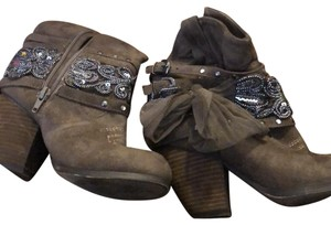 Wanted Brown/Tan Boots