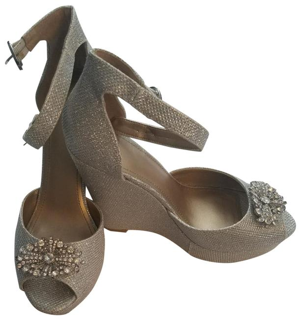 Item - Silver and Glitter with A Silver Brooch On Top Belle Wedges Size US 8.5 Regular (M, B)