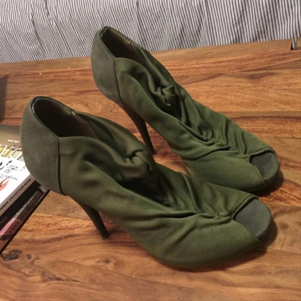 Fendi Army Green Stiletto Boots/Booties Size US 6 Regular (M, B) 67% off  retail