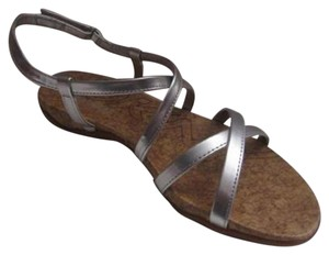 DKNY Dressy Or Casual Velcro Closure Flats W Cork Sole Strappy Style Leather silver Sandals