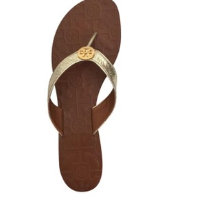 87eeb1dc158e Gold Tory Burch Sandals - Up to 90% off at Tradesy