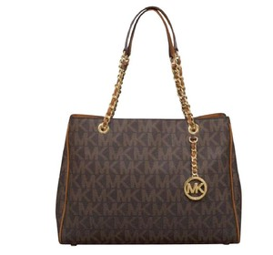 Michael Kors Susannah Satchel Shoulder Tote in Brown signature