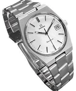 Omega 1972 Omega Geneve Vintage Mens Handwound Watch, Quick-Setting Date - S