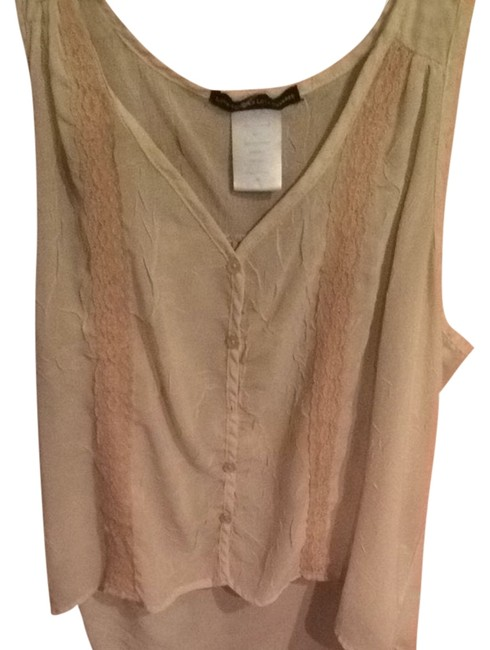 Preload https://item5.tradesy.com/images/love-squared-tank-topcami-size-8-m-2301484-0-0.jpg?width=400&height=650