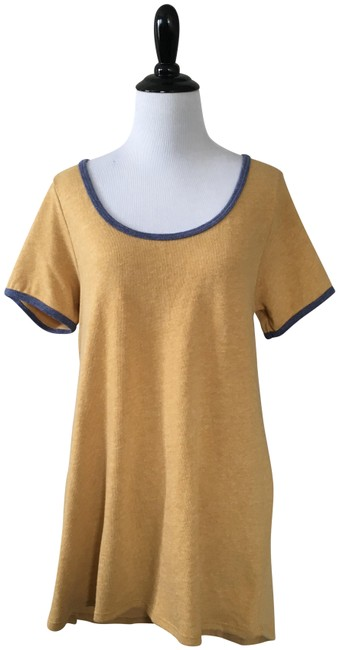 Item - Yellow and Blue Classic T Tee Shirt Size 6 (S)