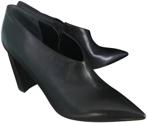 Marc Fisher BLACK LEATHER Boots