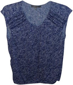 Daisy Fuentes T Shirt Blue and White
