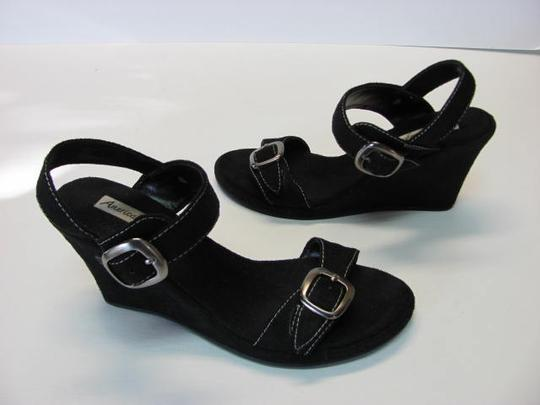 American Eagle Outfitters Size 6m BLACK Wedges