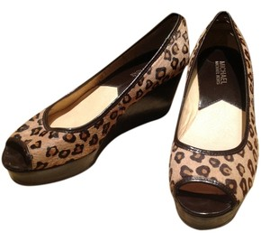 Michael Kors Brown cheeta print Wedges