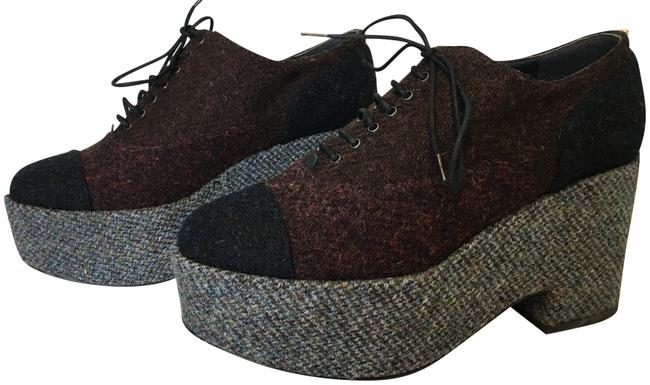 Item - Burgundy and Grey Classic Runway Two-tone Tweed Cc Lace Up Platform Oxfords Boots/Booties Size EU 39 (Approx. US 9) Regular (M, B)