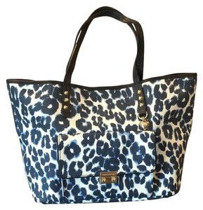Juicy Couture Tote in navy