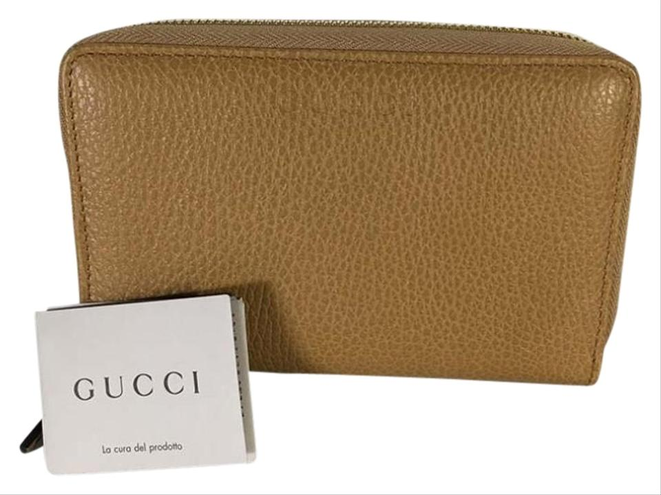 ffc32c1f20ec88 Gucci Auth New Gucci Light Brown Leather Zip Around Coin Wallet 420113  Image 0 ...