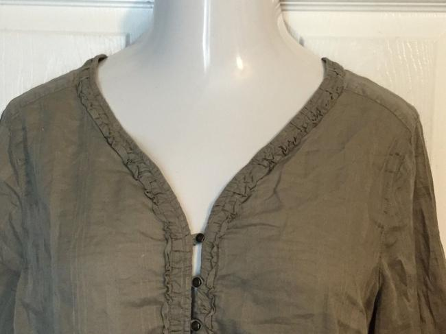 Eddie Bauer Top Grayish Brown Possible hint of green