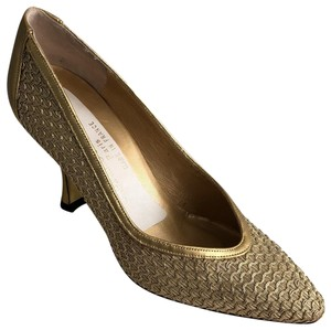 Charles Jourdan Vintage Made In France Leather Mesh Material Formal Gold Pumps