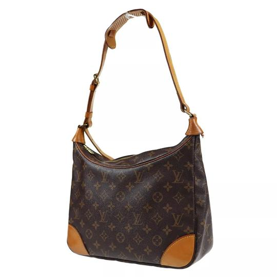Preload https://img-static.tradesy.com/item/23020271/louis-vuitton-boulogne-30-shoulder-monogram-canvas-hobo-bag-0-7-540-540.jpg
