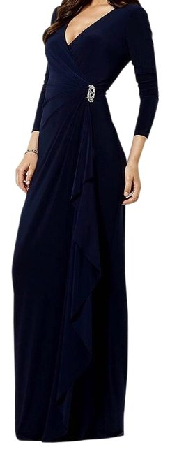 Item - Black Jersey Gown with Sleeves Long Formal Dress Size 6 (S)