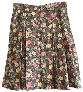 Christopher & Banks Pleated Floral Flowy Comfortable Skirt Pink, Yellow