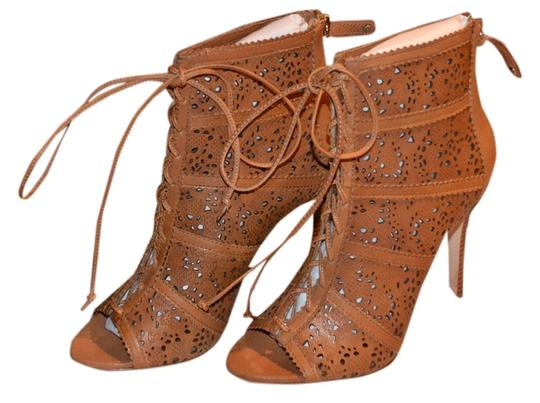 Preload https://item5.tradesy.com/images/alice-olivia-beigebrown-gale-lace-leather-ankle-bootsbooties-size-us-85-regular-m-b-2302224-0-0.jpg?width=440&height=440