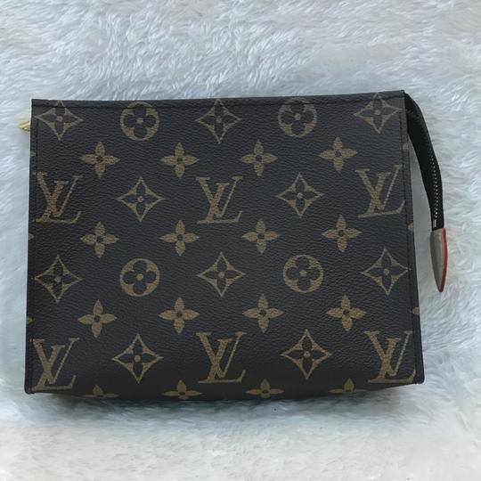 Louis Vuitton toiletry pouch 19 Image 2