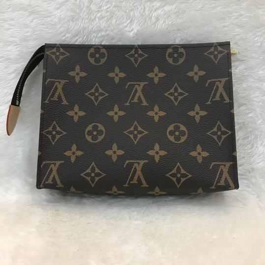 Louis Vuitton toiletry pouch 19 Image 3