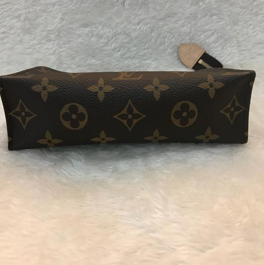 Louis Vuitton toiletry pouch 19 Image 6